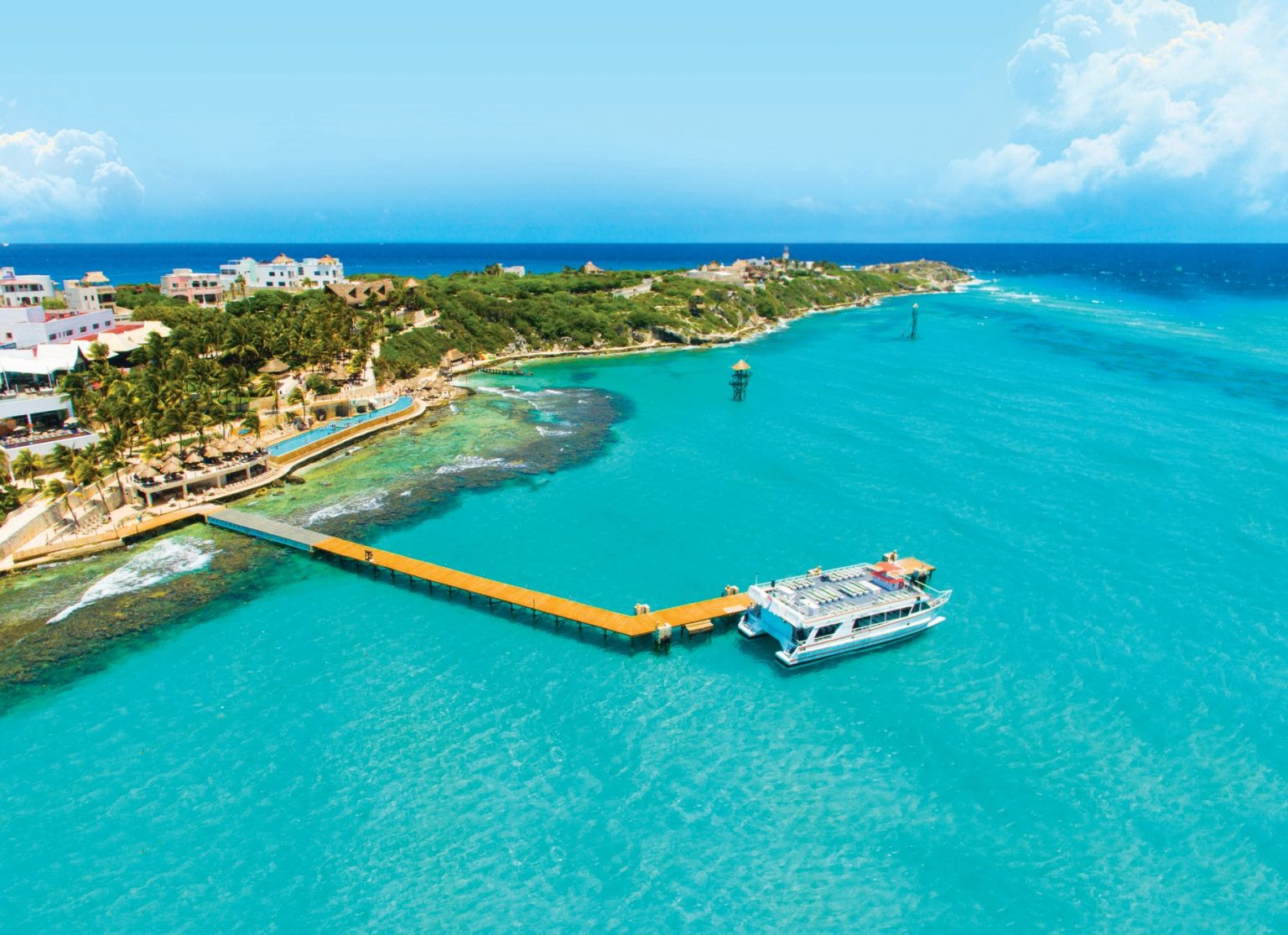 Is it Worth to Swim With Dolphins on Isla Mujeres and Visit Garrafon Park on the Same Day?