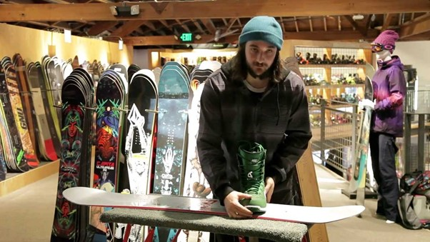 Things to check when you are buying a Snowboard