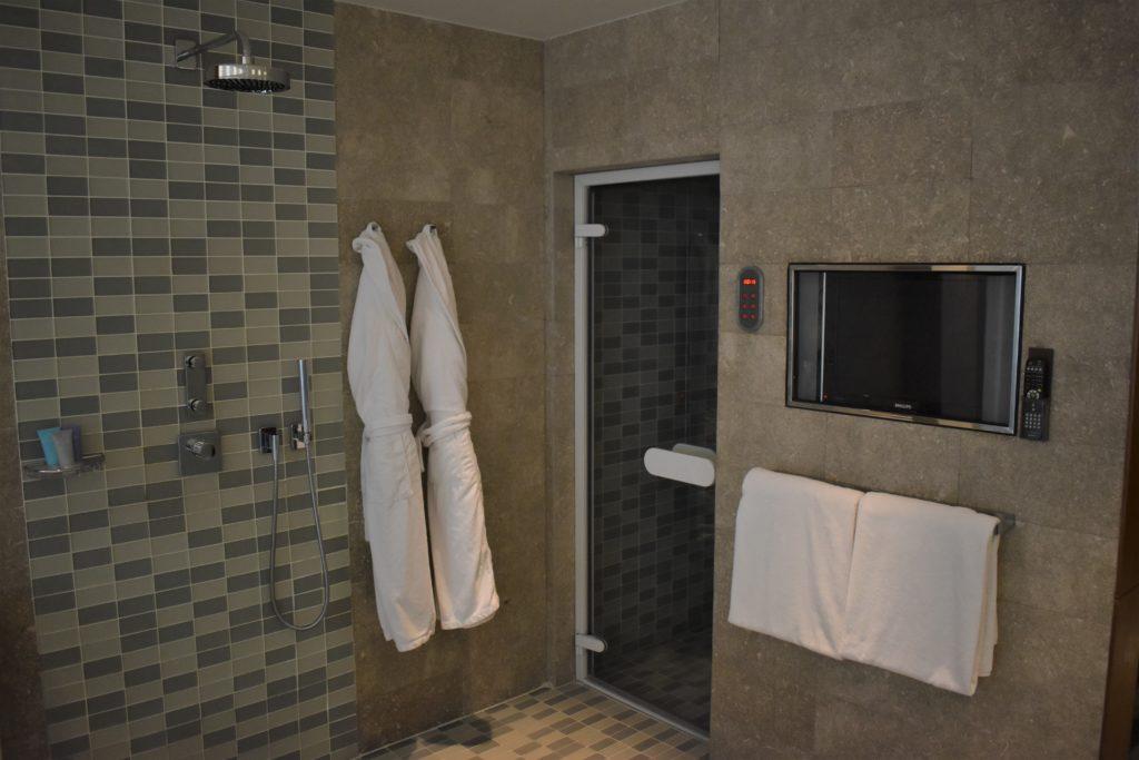 Park Hyatt Istanbul shower