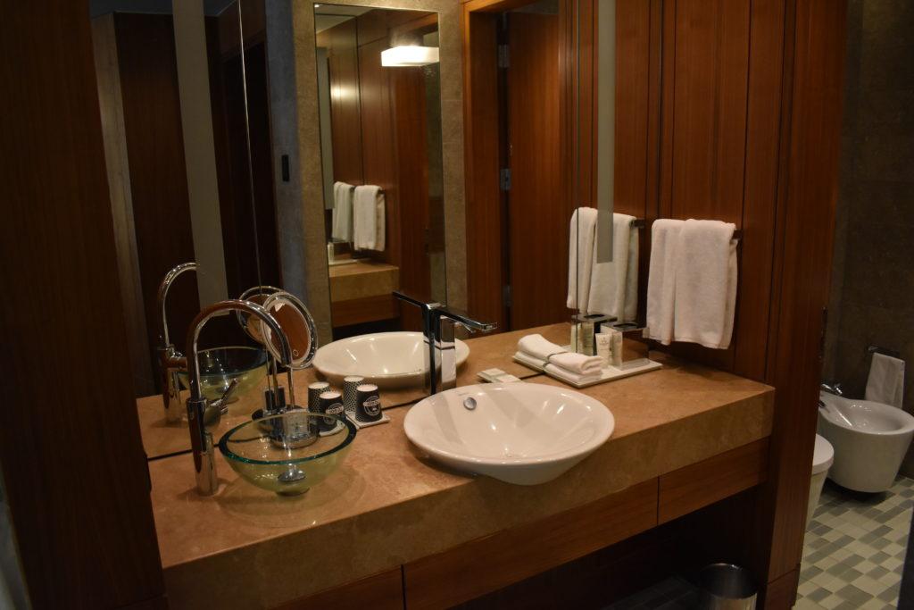 Park Hyatt Istanbul bathroom