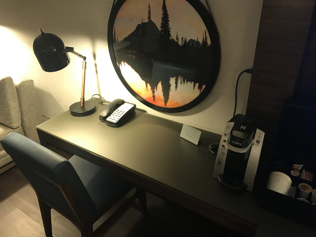Seattle Airport Marriott desk