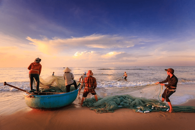6 Must-Have Essentials to Get Ready for a Fishing Trip