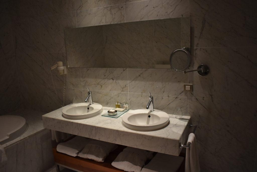Tomtom Suites Istanbul bathroom